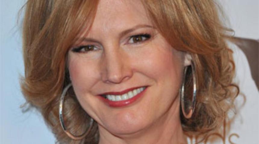 Melissa Rosenberg rédigera le remake de Highlander