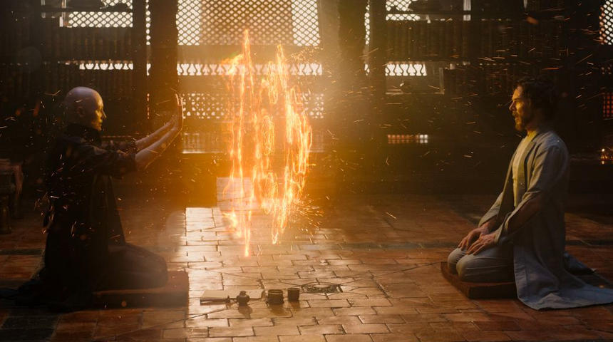 Que contiennent les scènes cachées dans le générique de Doctor Strange?