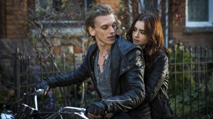 Lily Collins parle de The Mortal Instruments: City of Bones