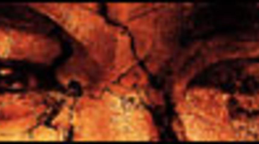 Affiche en français de La momie : La tombe de l'Empereur Dragon
