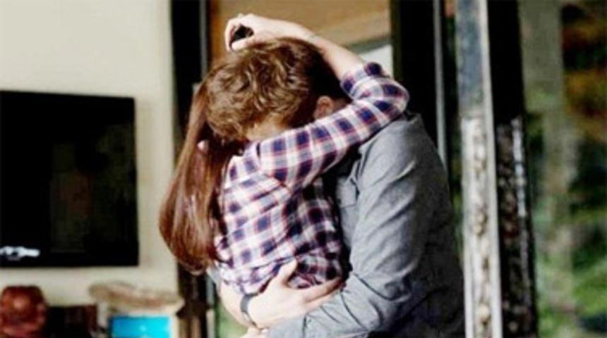 Pré-bande-annonce en français du film La saga Twilight : Hésitation