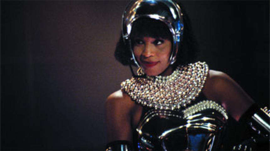 Warner Bros. prépare un remake du film The Bodyguard