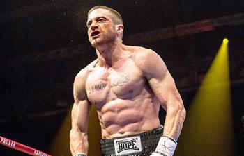 Jake Gyllenhaal méconnaissable dans la bande-annonce de Southpaw