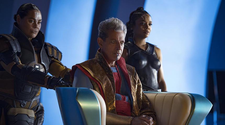 Les scènes supplémentaires de Thor: Ragnarok valent-elles le coup?