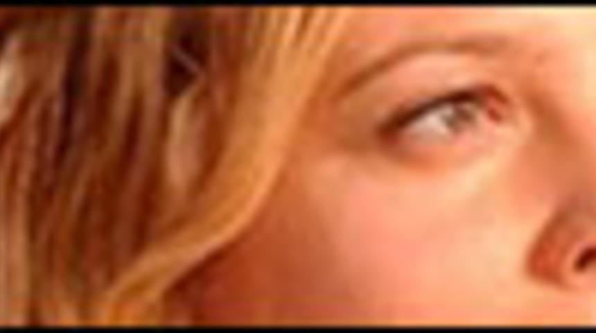 Drew Barrymore dans He Loves Me
