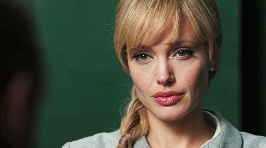 Angelina Jolie pourrait incarner Marilyn Monroe