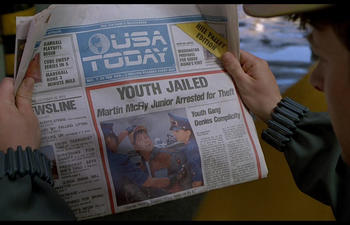 La page frontispice du USA Today rend hommage à Back to the Future 2
