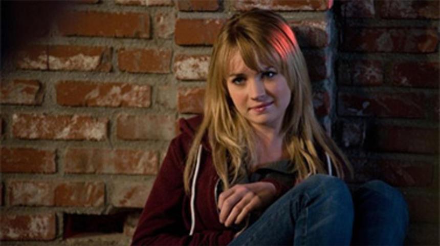 Britt Robertson obtient le premier rôle dans Tomorrowland